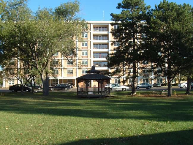 Washburn North Apartments